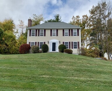 Main Photo: 3 Ten Rod Rd, Rutland, MA 01543