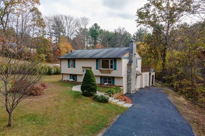 Main Photo: 198 Lower Gore Rd, Webster, MA 01570