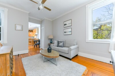 Main Photo: 36 Myrtle Street Unit 8, Beacon Hill, MA 02114