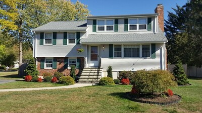 Main Photo: 7 Spring Valley Rd, Burlington, MA 01803