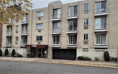 Main Photo: 123 Sewall Avenue Unit 3F, Brookline, MA 02446