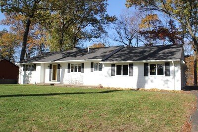 Main Photo: 120 Edgewater Road, Agawam, MA 01001