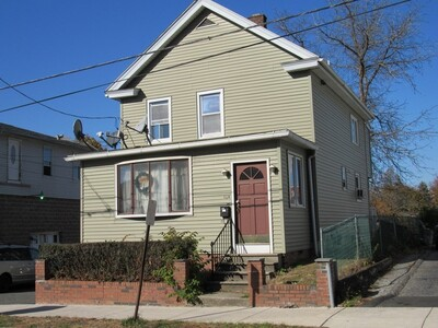 Main Photo: 164 South St, Chicopee, MA 01013