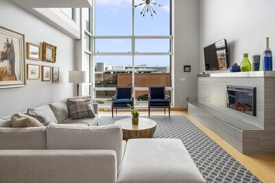 Main Photo: 25 Channel Center Street Unit 202, Waterfront, MA 02210