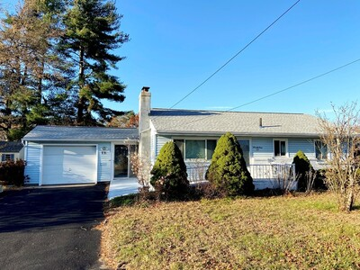 Main Photo: 73 Ridgeview Cir, Ludlow, MA 01056