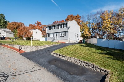 Main Photo: 75 Newbridge Rd, Lowell, MA 01854