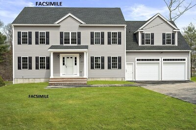 Main Photo: 7 Ford Avenue, Holbrook, MA 02343