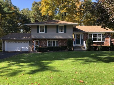 Main Photo: 55 Manor Ln, Ludlow, MA 01056