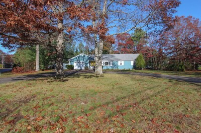 Main Photo: 47 Foxglove Rd, Barnstable, MA 02632
