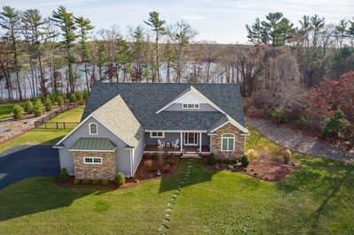 Main Photo: 8 Pond View Ter, Wareham, MA 02576