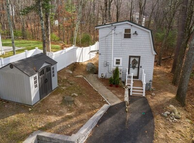 Main Photo: 10 Duffield Rd, Hopkinton, MA 01748