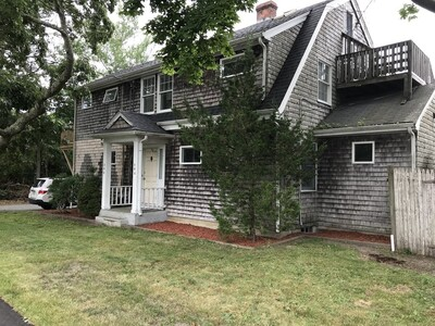 Main Photo: 300 Sea St, Barnstable, MA 02601