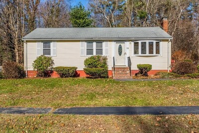 Main Photo: 19 Hillsdale Road, Holbrook, MA 02343