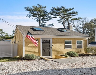 Main Photo: 63 Cypress St, Plymouth, MA 02360