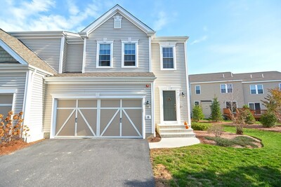 Main Photo: 19 Wayside Dr Unit 271, Hopkinton, MA 01748