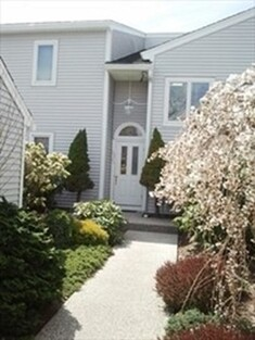 98 Cliffside Dr Unit 98, Plymouth, MA 02360 - Photo 1