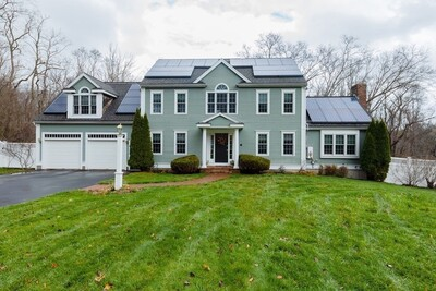 Main Photo: 44 Townsend Woods Rd, Hanover, MA 02339