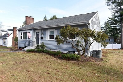 Main Photo: 16 Hillside Ave, Holbrook, MA 02343
