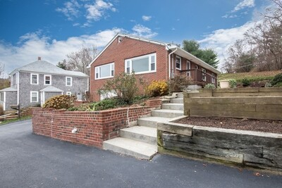 Main Photo: 18 Cherry Street Ct, Plymouth, MA 02360