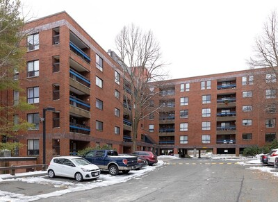 Main Photo: 4 Summit Drive Unit 509, Reading, MA 01867