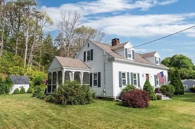 Main Photo: 61 Cliff St, Plymouth, MA 02360
