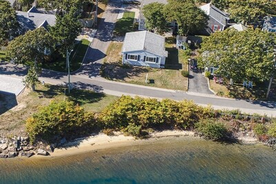 Main Photo: 94 Nantucket, Avenue, Falmouth, MA 02540