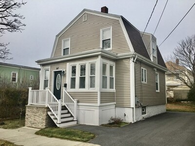 Main Photo: 97 Oaklawn St, New Bedford, MA 02744