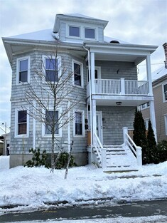 Main Photo: 208 Central Ave, New Bedford, MA 02745