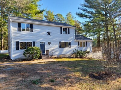Main Photo: 33 Great Wind Dr, Plymouth, MA 02360