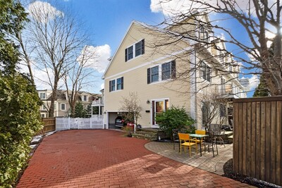 Main Photo: 324 Clyde St Unit 324, Brookline, MA 02467