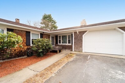 Main Photo: 55 Ivy Rd, New Bedford, MA 02745