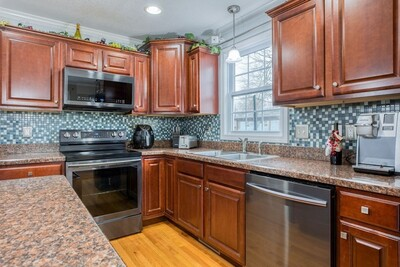 86 Granby St, Springfield, MA 01108 - Photo 1