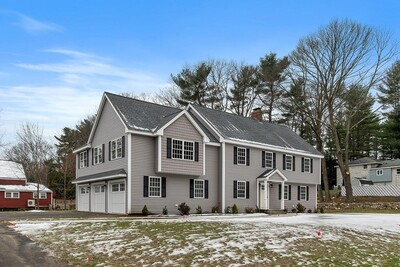 Main Photo: 2 Carriage Hill Rd, Andover, MA 01810