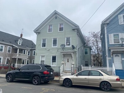 Main Photo: 98 Foster St, Lawrence, MA 01843