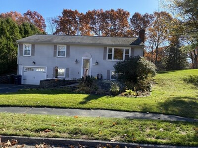 Main Photo: 19 Clearview Road, Holden, MA 01520