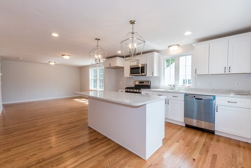 50 Blissful Meadow Dr Unit 20, Plymouth, MA 02360 - Photo 2