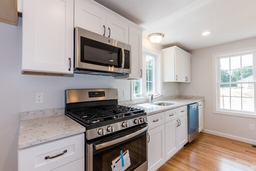 50 Blissful Meadow Dr Unit 20, Plymouth, MA 02360 - Photo 4