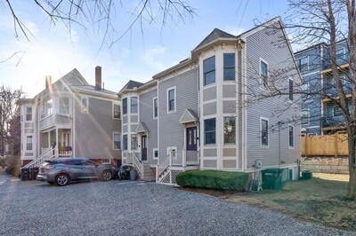 Main Photo: 4 Hodgdon Pl Unit 4, Somerville, MA 02143