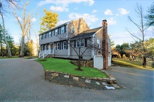 111 Goulding St W, Sherborn, MA 01770 - Photo 2