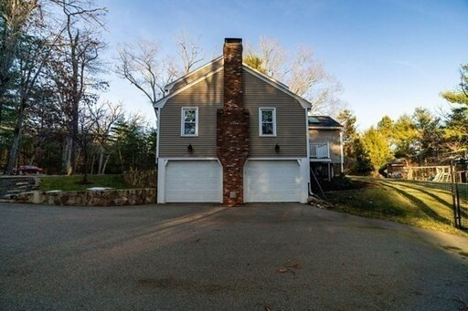 111 Goulding St W, Sherborn, MA 01770 - Photo 3