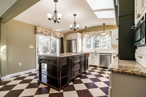 111 Goulding St W, Sherborn, MA 01770 - Photo 4