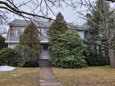 Main Photo: 32 Pinewood Rd, Needham, MA 02492