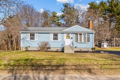 Main Photo: 3 Thornton Road, Holbrook, MA 02343