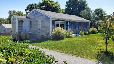 Main Photo: 51 Homestead Ln, Falmouth, MA 02536