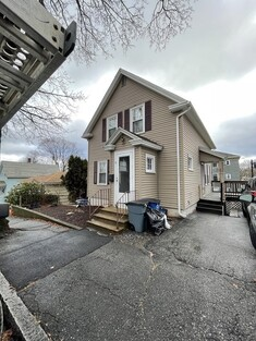 Main Photo: 9 Thayer St, Worcester, MA 01603