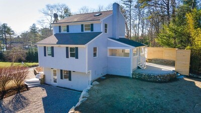 Main Photo: 155 Scarlet Dr, Plymouth, MA 02360