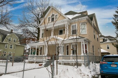 358 Dickinson St, Springfield, MA 01108 - Photo 1