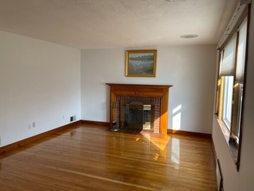 8 Howe St, Quincy, MA 02169 - Photo 8