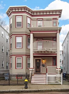 Main Photo: 19 Roseland Street Unit 2, Dorchester, MA 02124