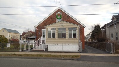 Main Photo: 65 Merrick St, West Springfield, MA 01089